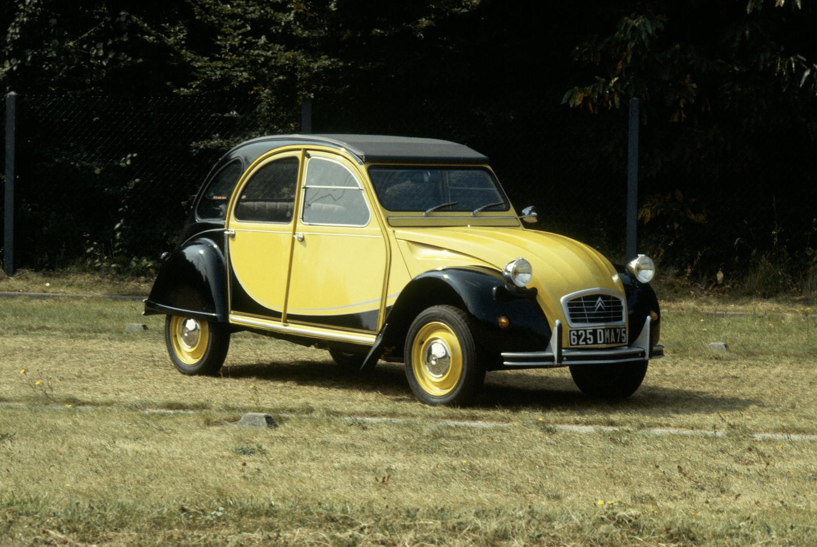 2CV Charleston 1982 m. Helios Yellow